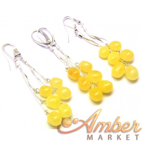 Lot of 3 long olive shape amber earrings