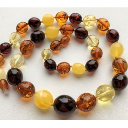 Olive shape amber necklace