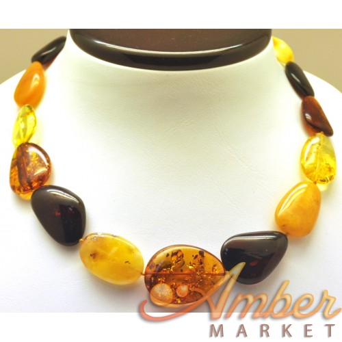 Big beads Baltic amber short necklace