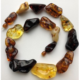 Natural shape amber necklace