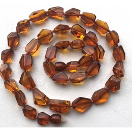 Short faceted Baltic amber necklace