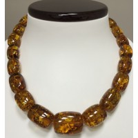 Massive barrel shape amber necklace 75 g