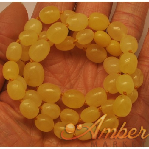 Yellow Baltic amber olive necklace
