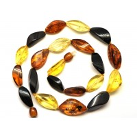 Faceted Baltic amber short necklace