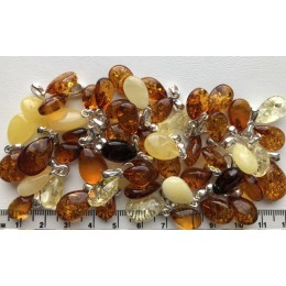 50g Amber drop pendants