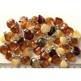 50 g Baltic amber heart shape pendants