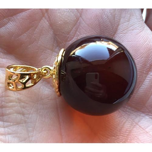 Big amber round pendant 22 mm