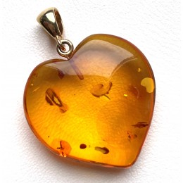 Heart shape Baltic amber pendant with 14 carat gold