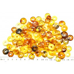Lot of 100 glittering Baltic amber amulet pendants
