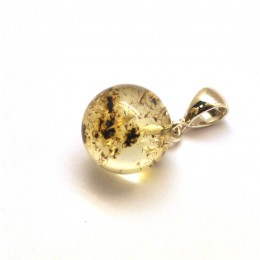 Round Baltic amber pendant 13,5 mm.