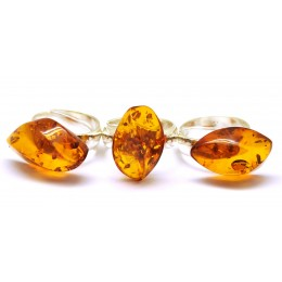 Lot of 3 Baltic amber  rings