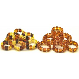 Lot of 17 elastic amber rings