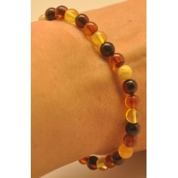 Multicolor round beads amber bracelet  5,5 mm.